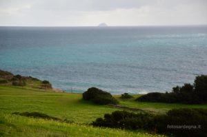 Veduta dell'Isola del Toro che si eleva 112 mt. sul mare; fa parte dell'Arcipelago del Sulcis ed è il territorio più meridionale della Sardegna.