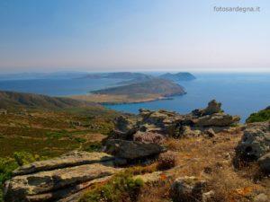 """Il """"serpentone"""" dell'Asinara, meravigliosa vista da Punta della Scomunica (408 mt. s.l.m.)."""